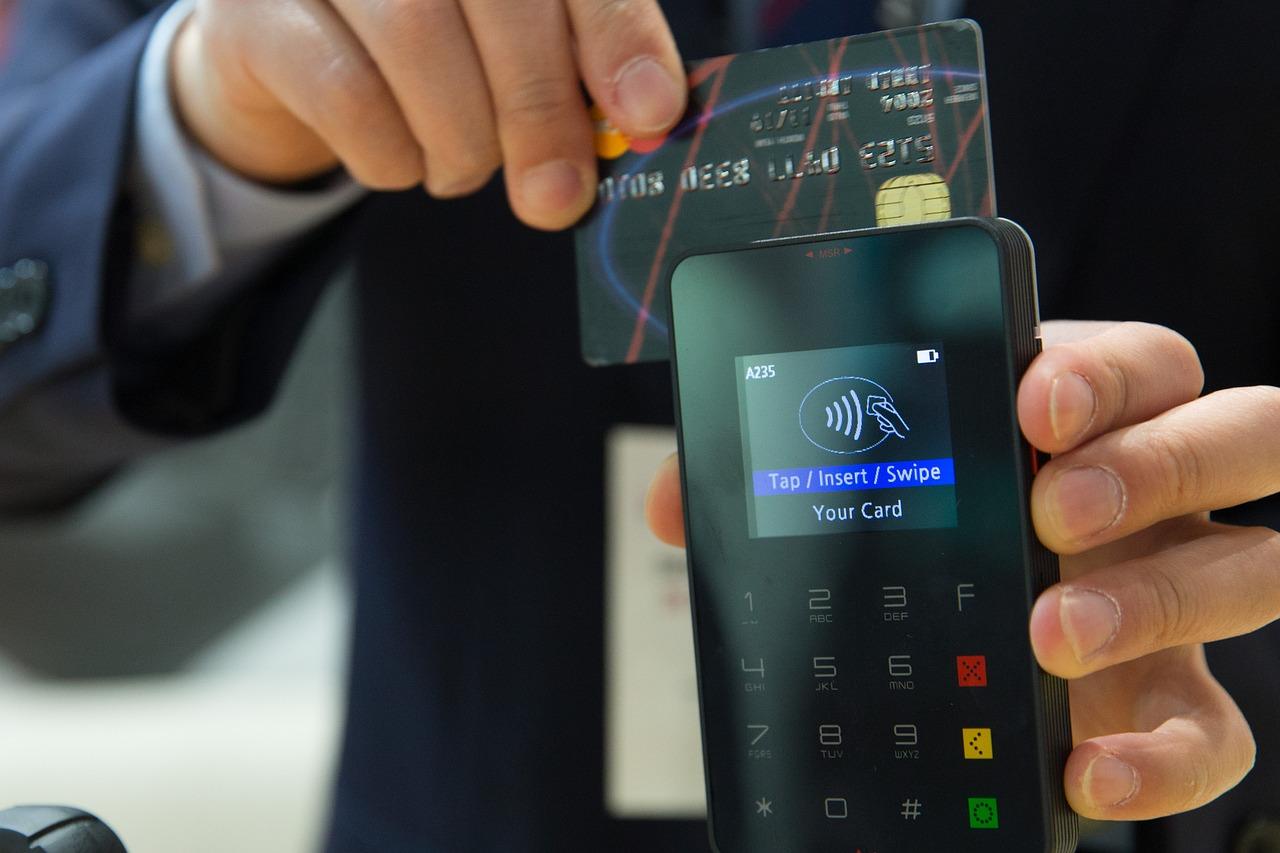 Aiding Businesses with Restaurant Loans and Merchant Cash Advances